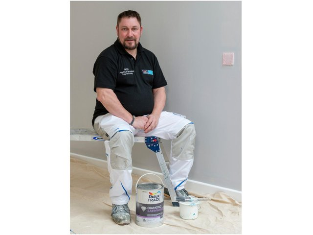 A Brackley painter and decorator - Tony McCawley - has been announced as the winner of the Scheme Supporter category at the national Dulux Select Decorators Awards.