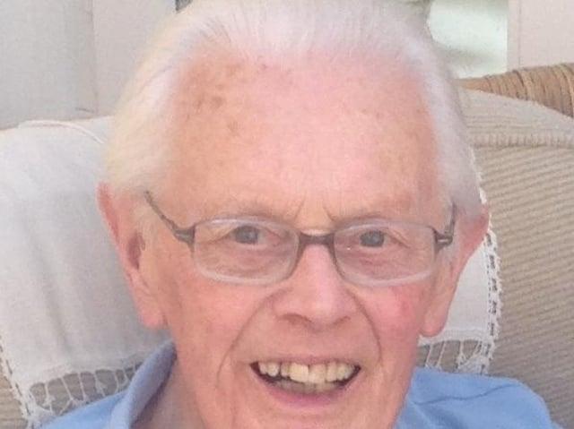Geoffrey Ellacott, founder of Ellacotts accountancy firm, who has died aged 97