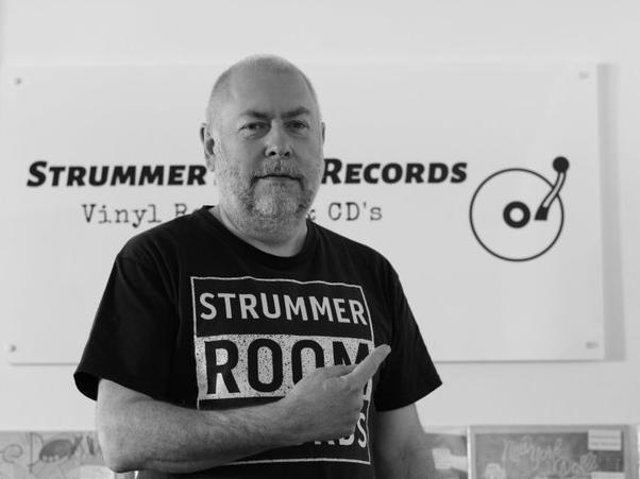 Chris Oakes owner of Strummer Room Records in Banbury was just awarded Record Store of the Month by the Record Tokens Gift Voucher team.