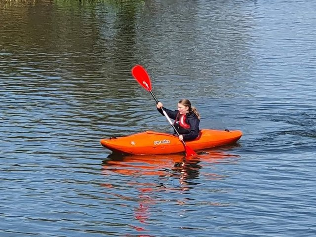 The Lions Club of Banbury has made a donation for the Banbury Sea Cadets to buy a new kayak for the club. (Image from Banbury Sea Cadet and the Lion Club)