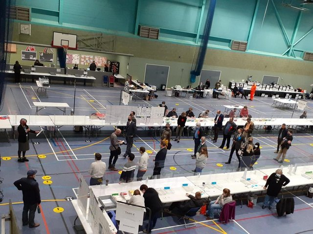 The count for the Cherwell District Council elections was held at the Spiceball Leisure Centre in Banbury