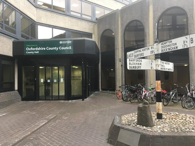 The Liberal Democrats, Greens and Labour have agreed to form a coalition to lead Oxfordshire County Council.