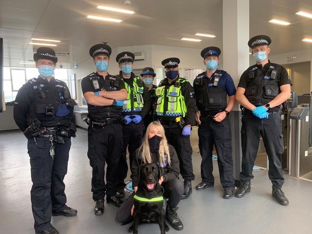 Trained drugs detecting dogs helped police officers seize illegal drugs from three people at the Banbury Train Station last night, Friday May 21.(Image from TVP Banbury Twitter)