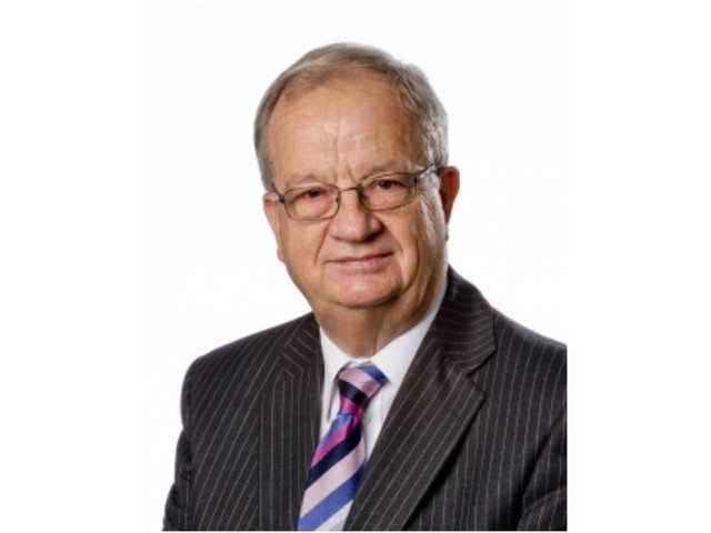 Tributes paid to former Warwickshire County Council Cllr Chris Williams