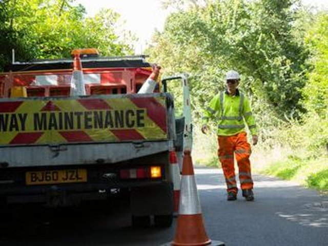 Traffic disruption ahead with problems on a stretch of road near Farthinghoe