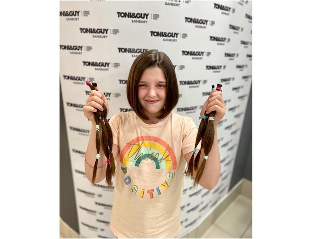 Banbury school girl, Peggy King, had 14 inches of her hair cut off to donate to the Princess Trust charity as part of a fundraising challenge she launched.