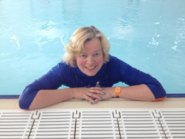 Tamsin Brewis, owner of local baby swim school based in Banbury called Water Babies Bucks and Beds, shares safe swimming tips ahead of the upcoming summer season