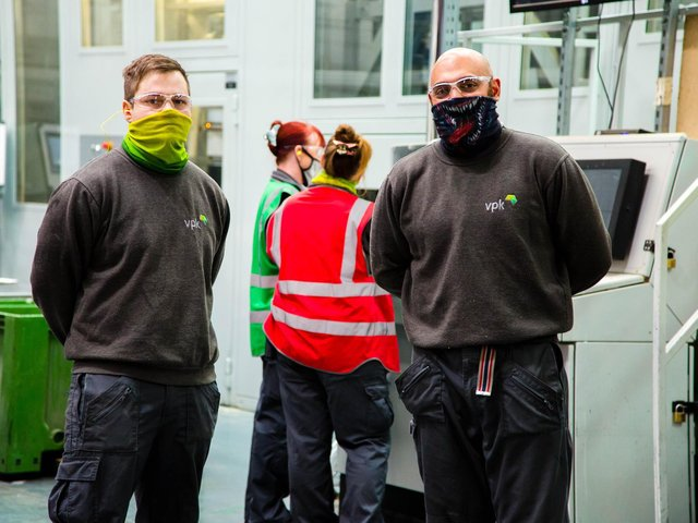 Emloyees at Encase, a cardboard packaging manufacturer based on Beaumont Road, Banbury, are benefitting from an employee wellbeing scheme by offering voluntary Covid tests