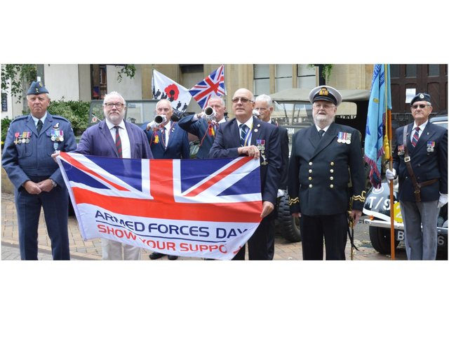 The armed forces flag was raised above Banbury Town Hall on Monday to mark the start of Armed Forces Week. Leader of Banbury Town Council and president of the Banbury branch of the Royal British Legion Kieron Mallon was joined by chairman of the Banbury RBL Chris Smithson and others. Pictured: Colin Garnham-Edge, Cllr Kieron Mallon, bugler Chris Page, bugler Don Claridge. Chris Smithson, bugler Mike Neal, Tony Ingram of Oxford Sea Cadets, and standard bearer Anthony Smith RAFA.