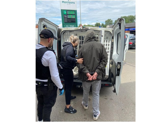 Officers with the TVP 'Tasking Team' in Banbury detained three people after a report of 'dealing activity' in a local park in town. (Image from TVP DI Aidan Donohoe Tweet)