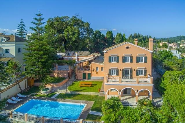 Duchess Alexandra Villa can host up to 16 guests